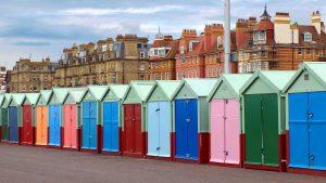 Palazzi e cabine della città di Brighton