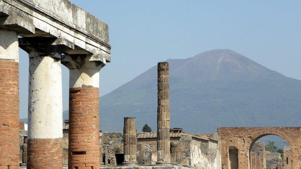 Estate INPSieme in Campania visite a Pompei e il Vesuvio