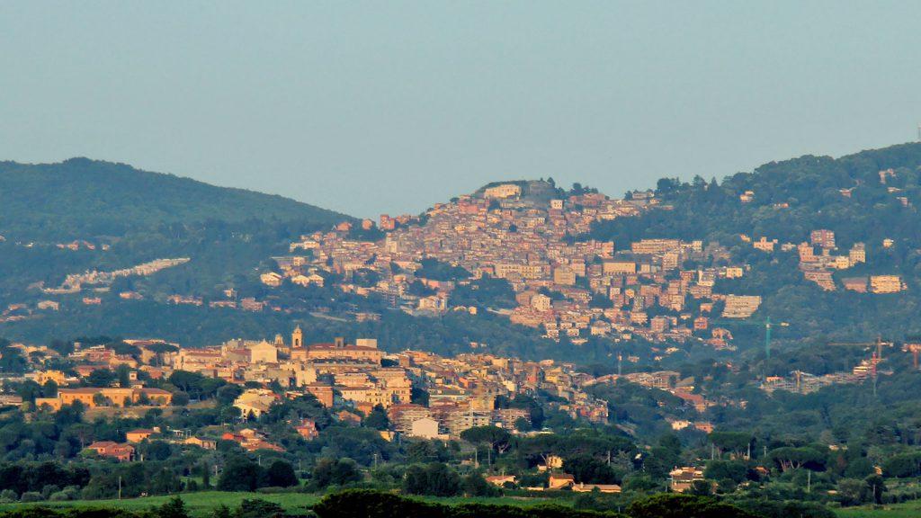 Panorama dei Castelli Romani con Marino e Rocca di Papa